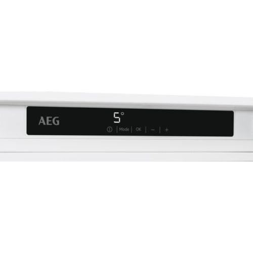 AEG paneel