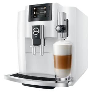 Kohvimasin Espressomasin piimavahustiga JURA E8